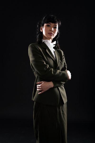 童蕾 首演 话剧 抱着学习心态挑战风声