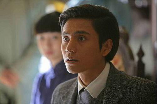 电视剧《故梦》中的青年陆天恩(陈坤饰).张慧仪电影剧照图片