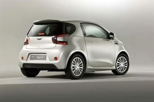 没有生产微型车的经验,这款被命名为cygnet的小车采用了丰田iq的平台.